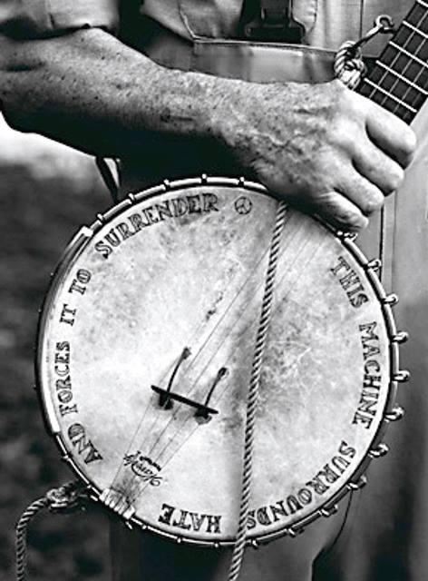 Pete Seeger (1919 - 2014)