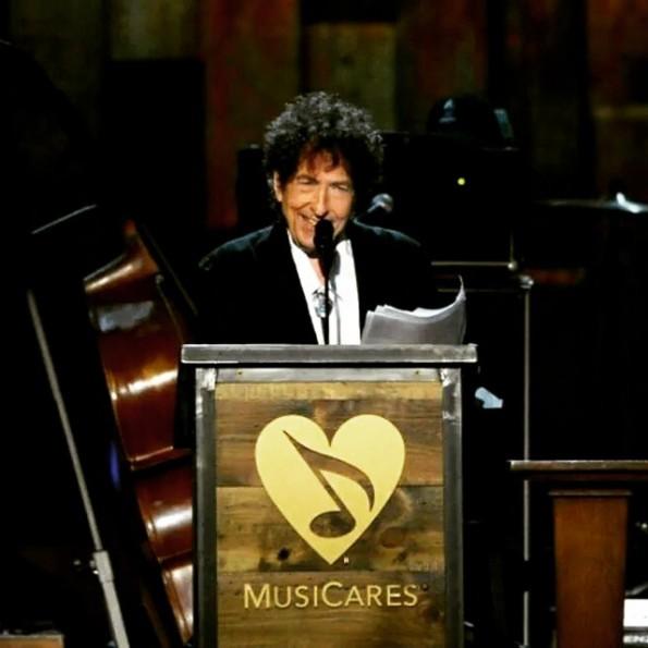 Bob Dylan no MusiCares 2015